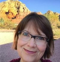Melanie Deardorff, Digital Marketer