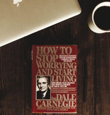 social media lessons from dale carnegie