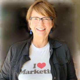 Melanie Deardorff is a marketer based in the Phoenix metro area